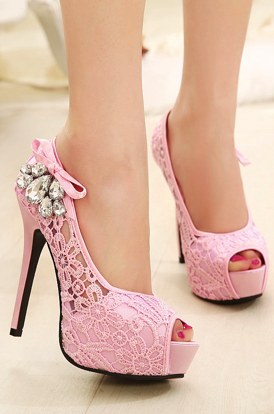These are so very pretty ! I especially love the pink bow on the ...
