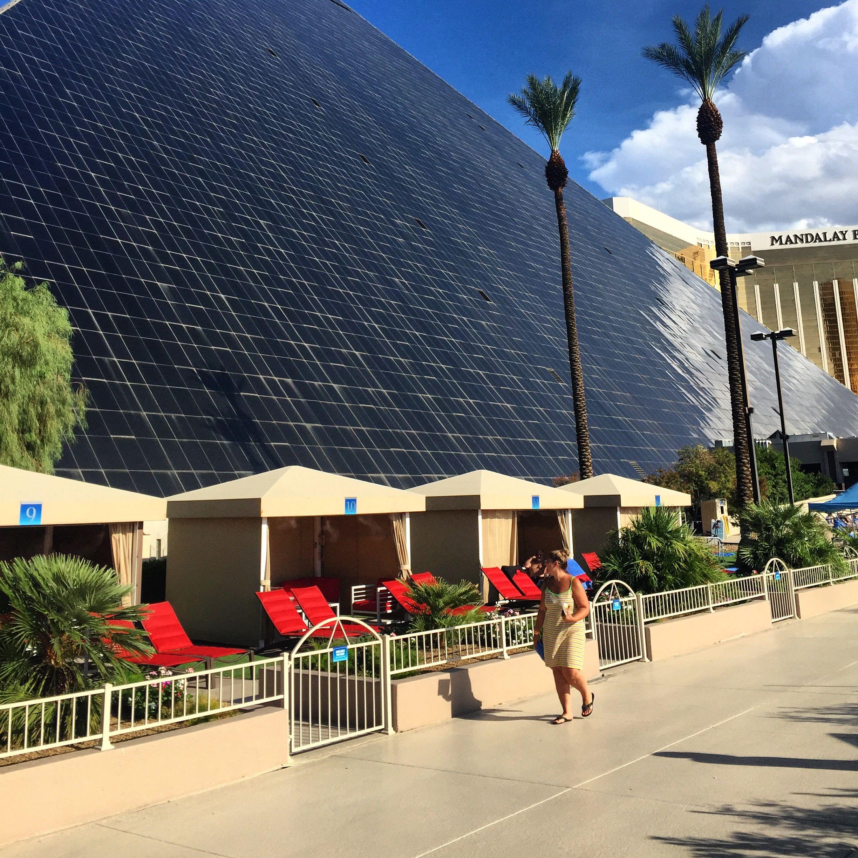 Poolside Cabana 39 S At Luxor Hotel Las Vegas Phase 2 Pinterest Luxor Hotel Las Vegas