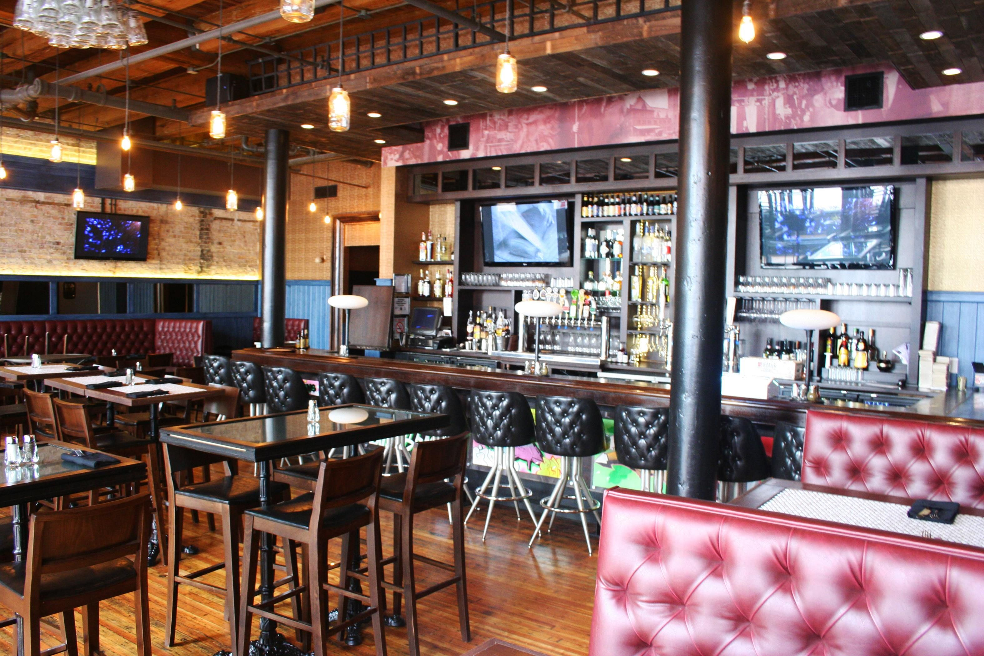 Interior shot of the new Gino\'s East Sports Bar in the South Loop ...