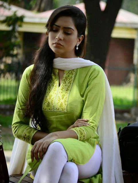 Zakia Bari Momo In 2019  Zakia Bari Momo, India Beauty -1793