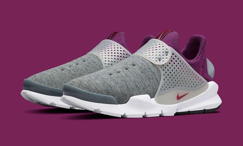 a047babb18ae8 Nike Is Releasing More Tech Fleece Sock Darts