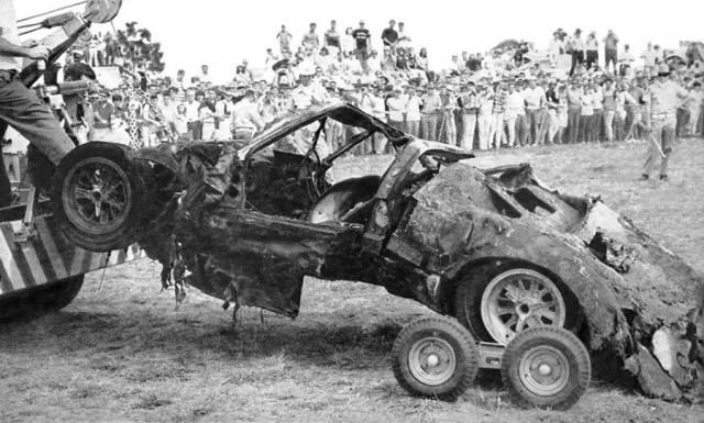 What Is Left Of The Ford Gt 40 That Crashed And Burned During The