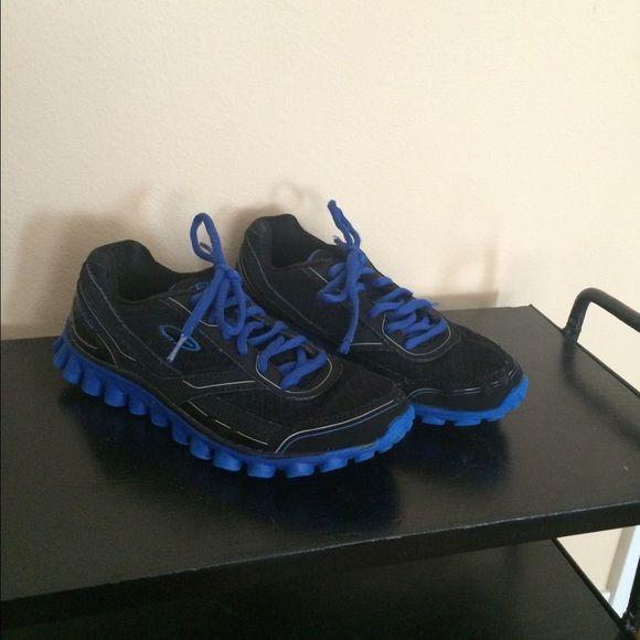 Men's C9 Tennis Shoes   Tennis shoes