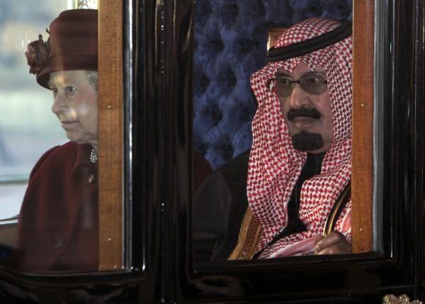 Queen Elizabeth Once Pranked Saudi King Abdullah King Abdullah Queen Elizabeth Saudi Arabia Culture