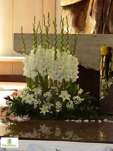 Resultado De Imagem Para Church Flower Arrangement Ideas White Flower Arrangements Church Flower Arrangements Easter Flower Arrangements