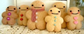 @Ginger Tanaka You should do a tutorial on how to make your kawaii gingerbread people!