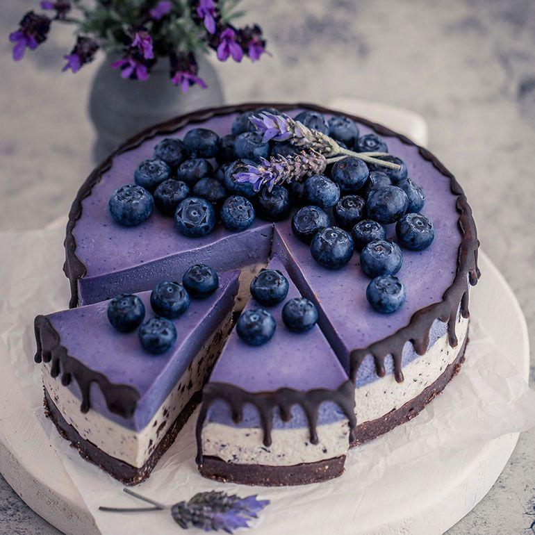 Photo of Stracciatella Maqui White Chocolate Cheesecake