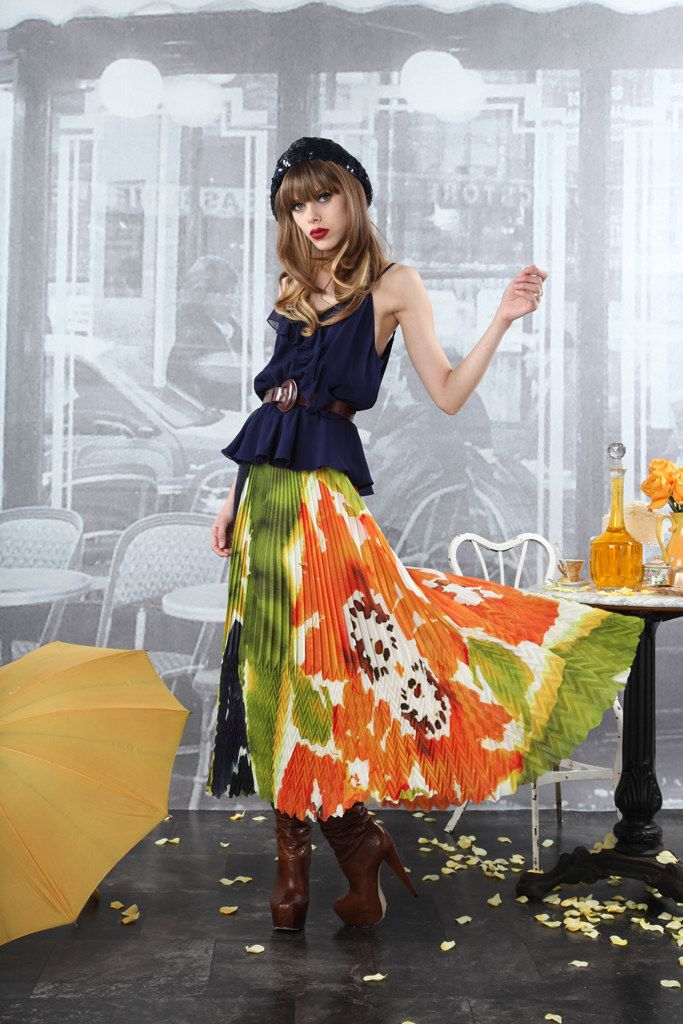 Alice + Olivia Pre-Fall 2012 Collection Photos - Vogue