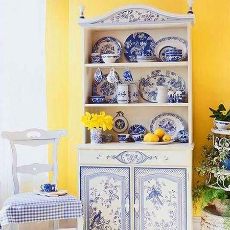Kitchen colors blue white and yellow cute kitchen for Cute yellow kitchen ideas