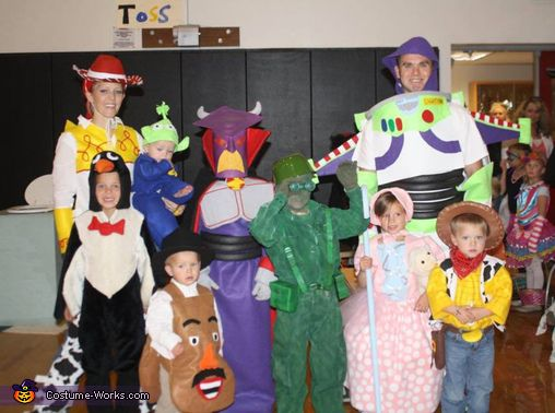 toy story family 2015 halloween costume contest via costume_works