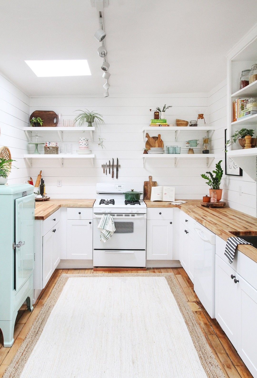 Easy Install Small Kitchen On A Budget Kitchen Remodel Small