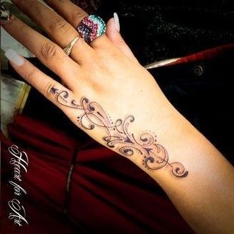 Pin By Robin Hodges Evans On Tat S Henna Tattoo Hand Flower