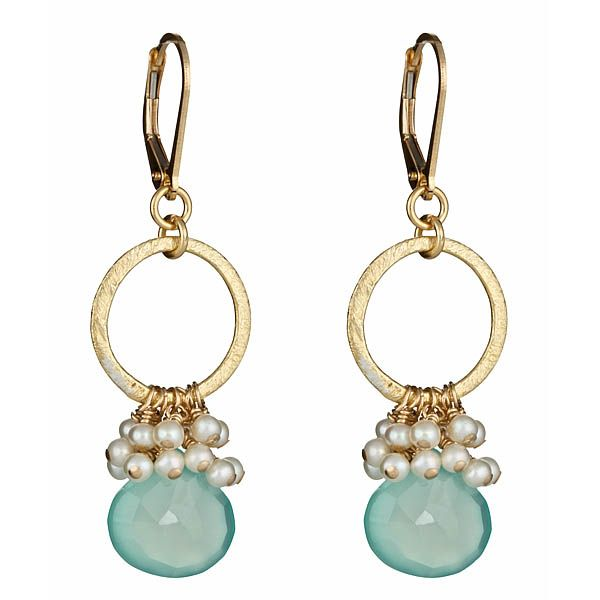 Chalcedony earring with pearl cluster on brushed vermeil ring