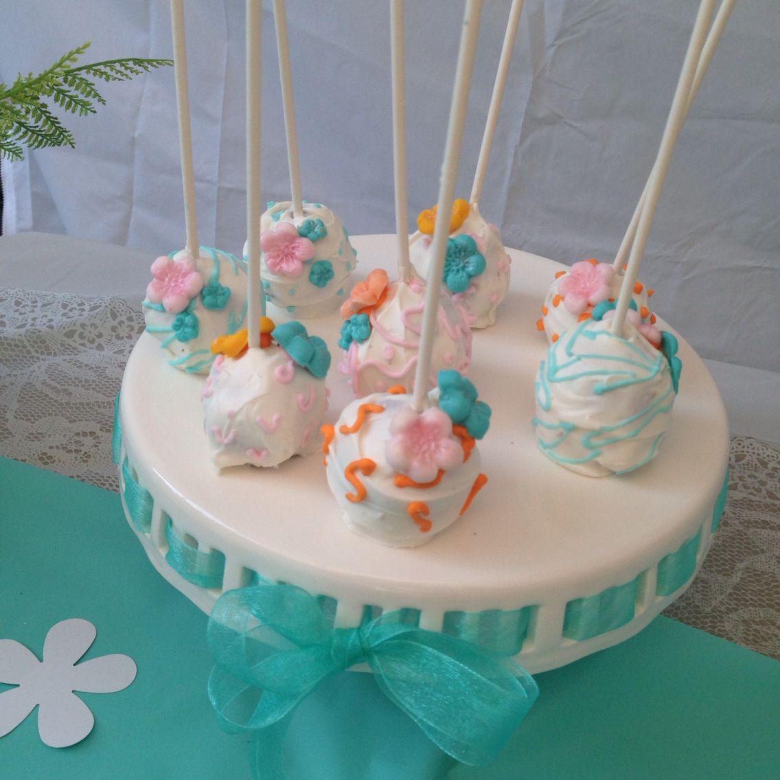 Cake pop flowers theme