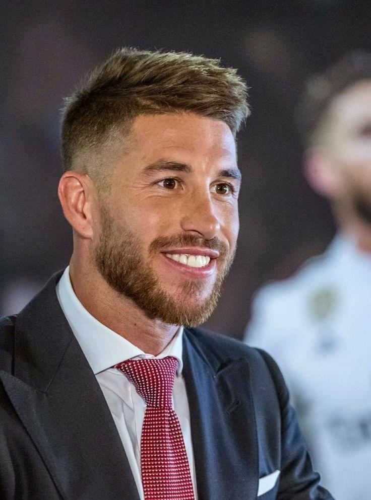 Business Frisur Stil Charme Absolute Eleganz Frisuren Herrenmode Haarschnitt Business Frisuren Haarschnitt Manner