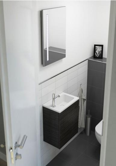 strak toilet met verlichting in spiegel hal pinterest. Black Bedroom Furniture Sets. Home Design Ideas