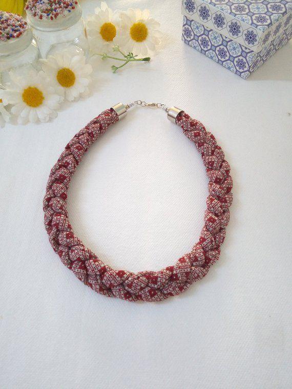 a basso prezzo 384f2 2c74f Burgundy textile choker - fabric tshirt yarn braid necklace ...