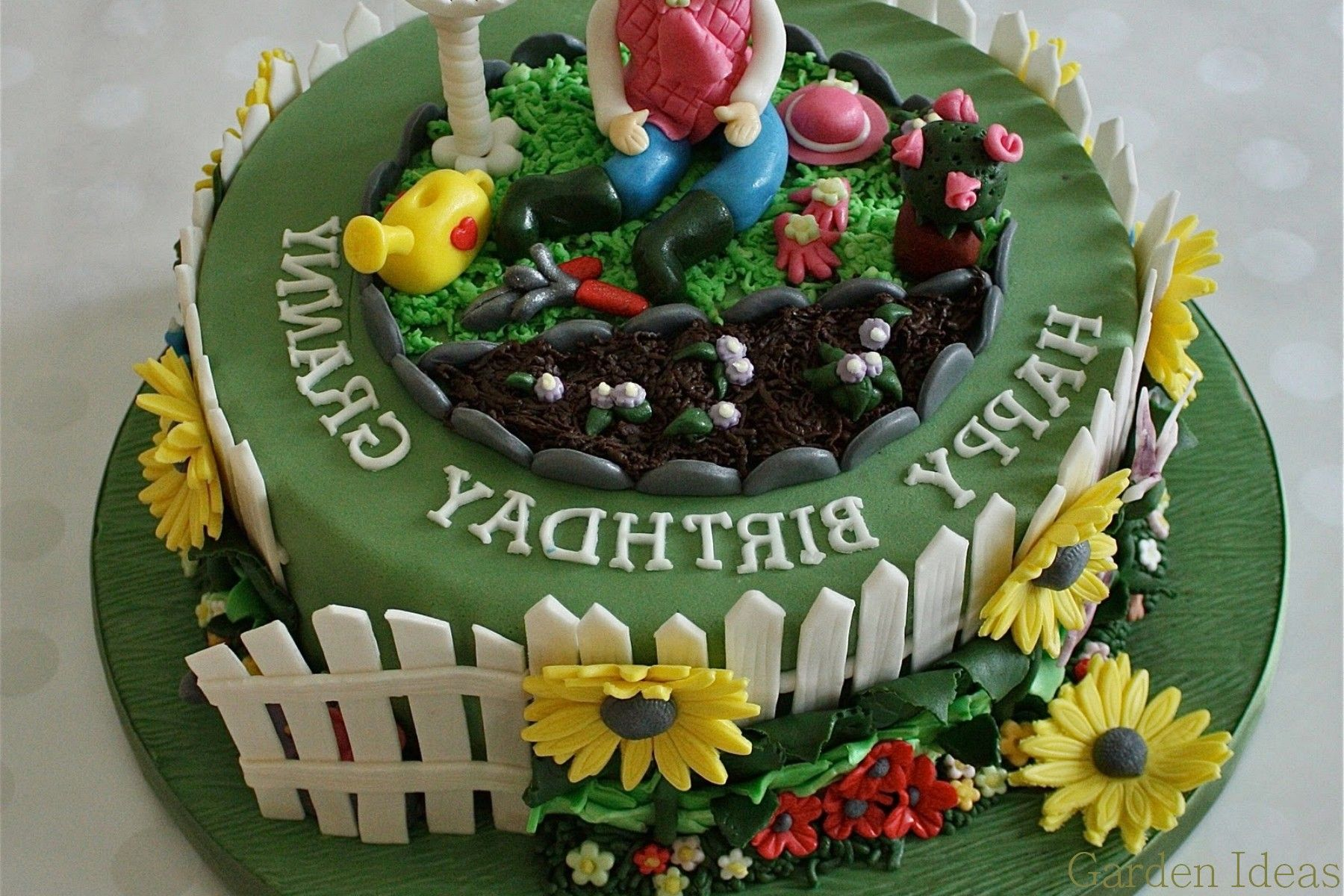 Excellent Garden Cake Ideas Photo Container Gardens Wonderful Design Ideas Landscape Design Plants Grasses Garden Cakes Garden Birthday Cake Allotment Cake