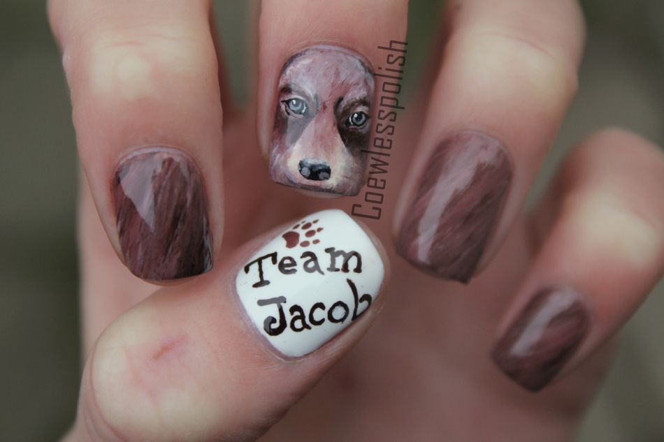 Team Jacob (Breaking down manicure) by Coewlesspolish