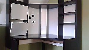 Bureau d angle ados ikea noir et blanc parfait état!! laval north