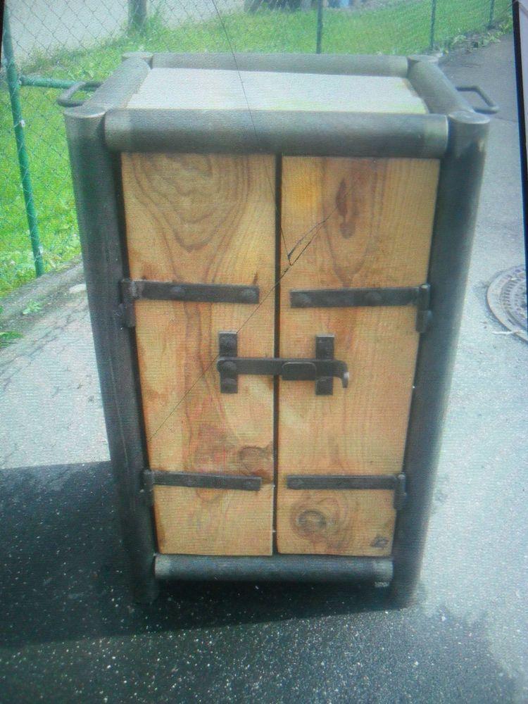 Schrank Schuhschrank Loft design Holz Metall Künstler