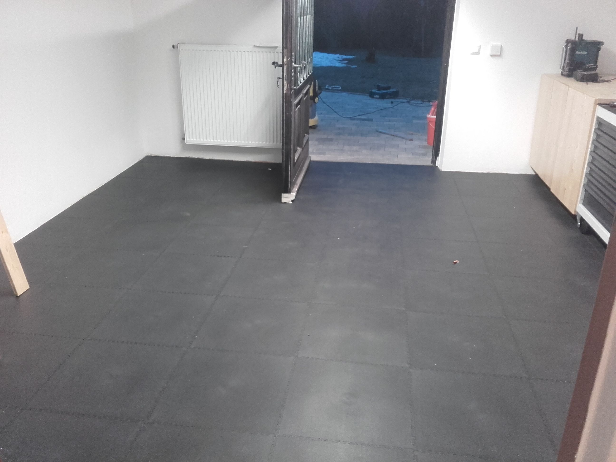 Pin By FLOORWORK On Boden Im Keller Mit PVC Platten Auslegen - Pvc platten für boden