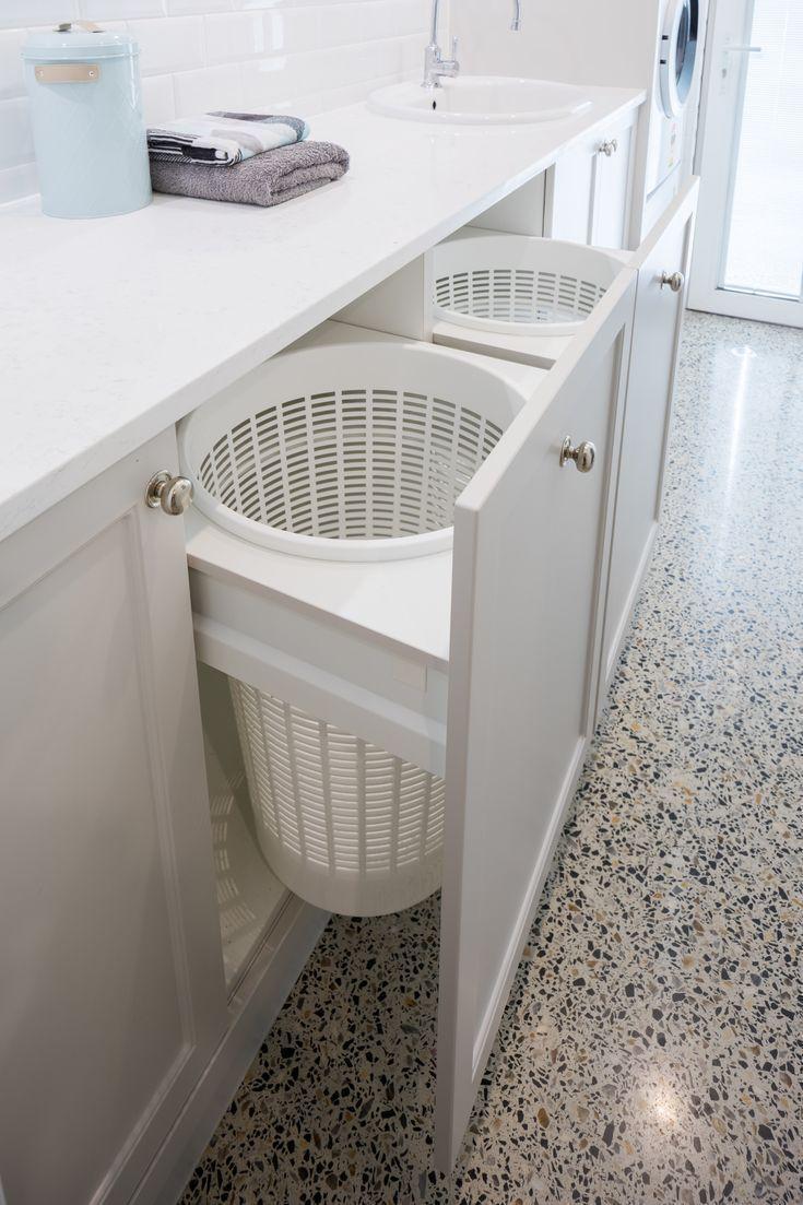 Wäscherei Design und Herstellung   Renovierungen   Character Cabinets #bathroomlaund …, #ba…