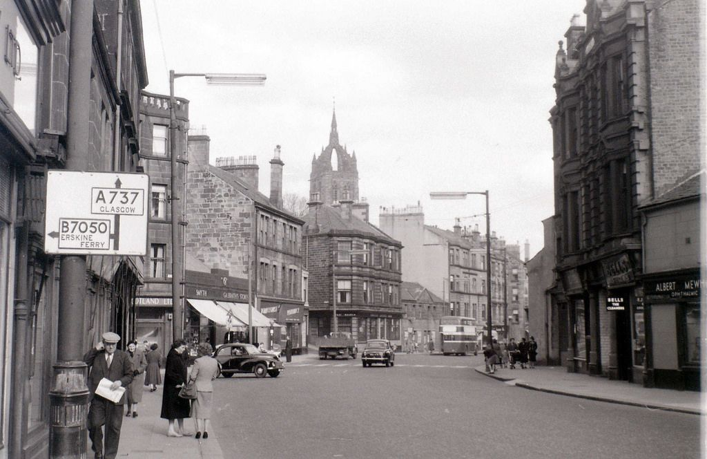 Paisley 1960. Corner of Well Street and Wellmeadow Street | Paisley, Paisley  scotland, Street
