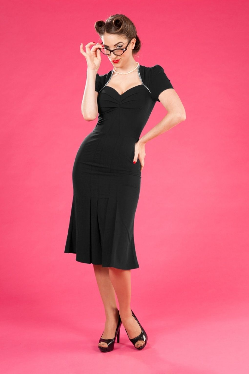 Miss Candyfloss - The 40s Cory Rose pleated dress black check ...