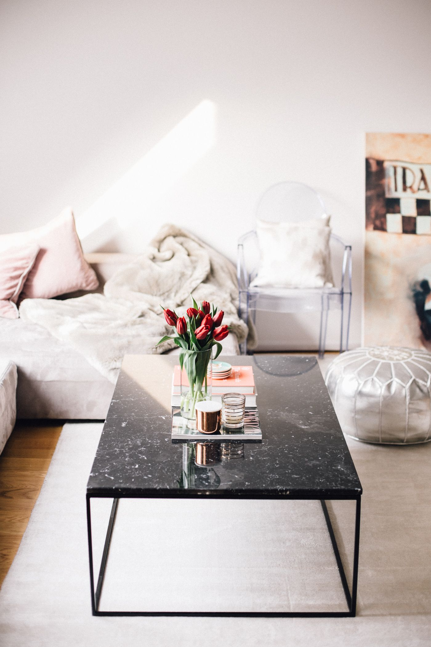 Smart Round Black Marble Coffee Table Reviews Cb2 In 2020 Black Marble Coffee Table Marble Coffee Table Coffee Table
