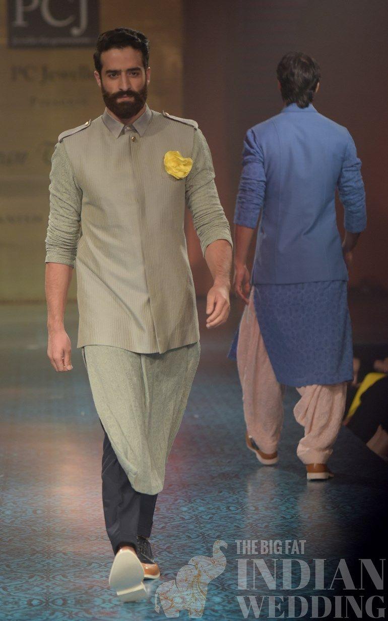 Manish malhotraus spring collection at mijwan fashion show kurtas