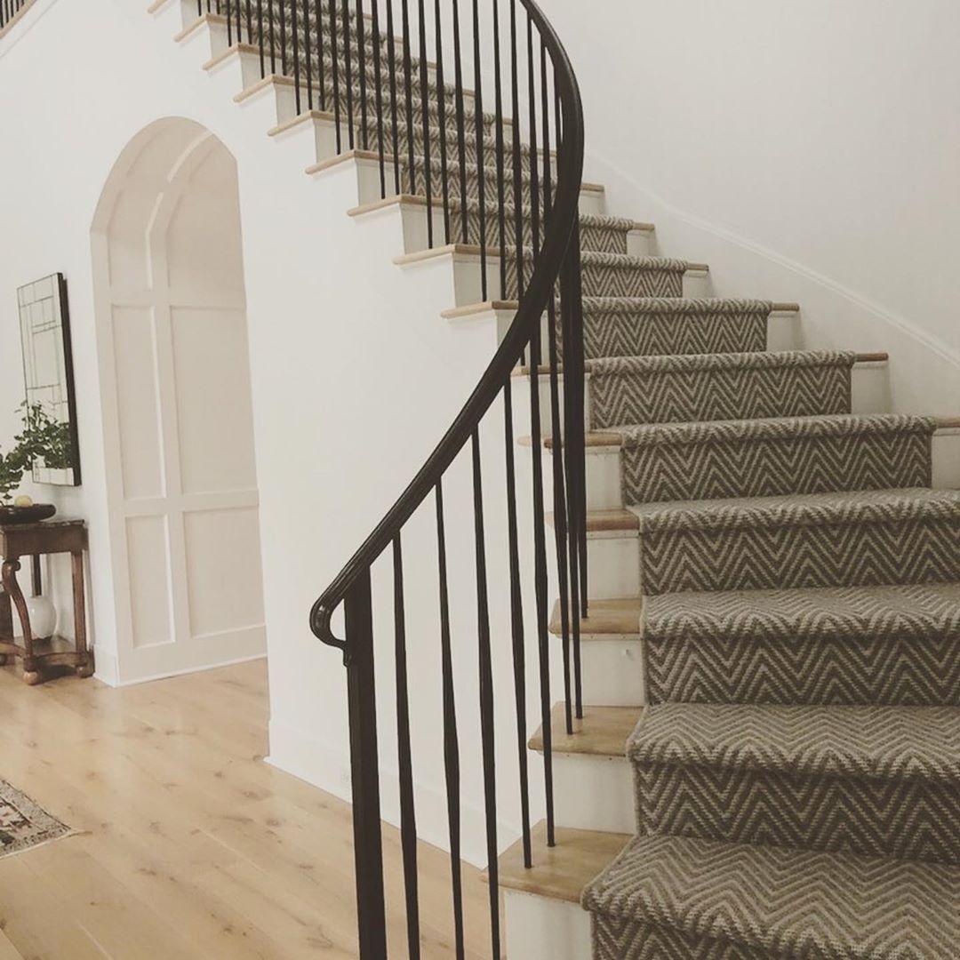 Best Stunning Stair Runner Featuring This Textured Chevron 400 x 300