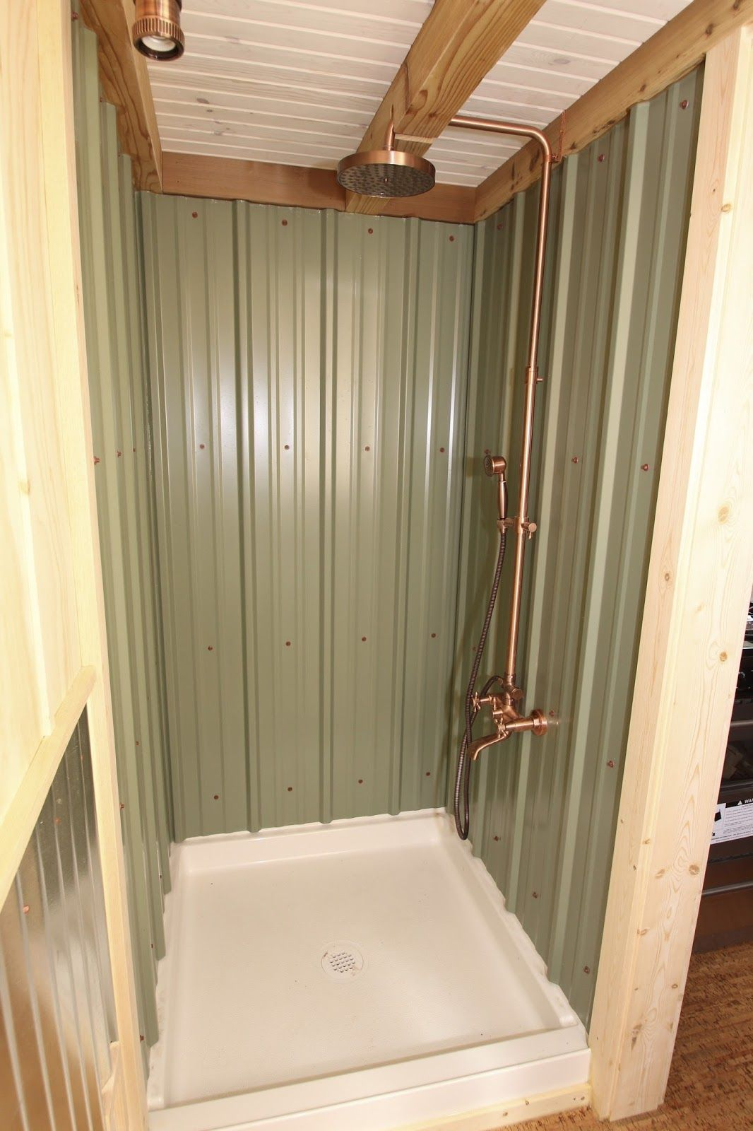 ET Simblissity Tiny Homes #tinyhousebathroom