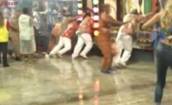 Morre radialista atingida por carro alegórico da Tuiuti, no carnaval carioca