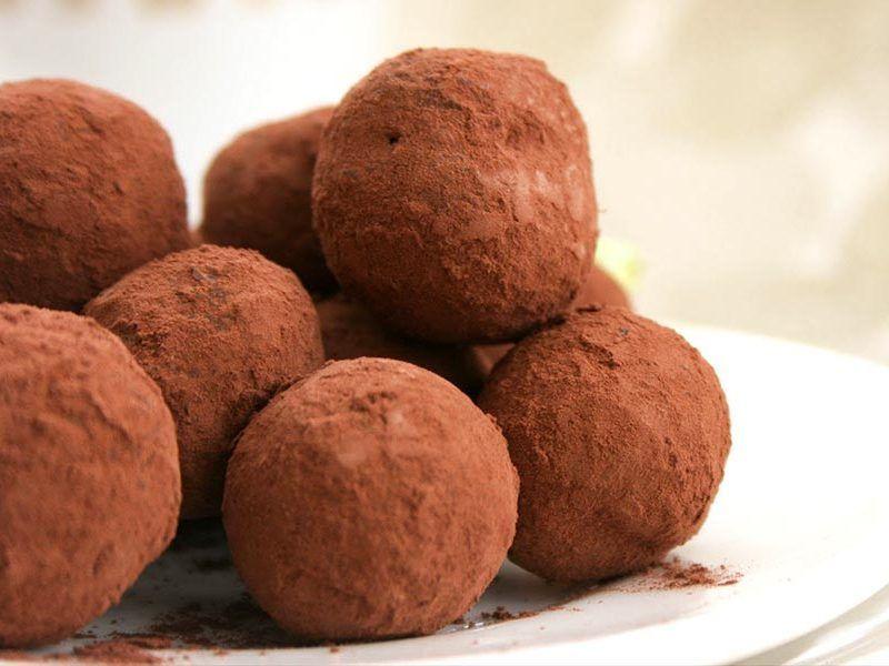 Truffes au chocolat au Thermomix #truffesauchocolat Truffes au chocolat au Thermomix #truffesauchocolat