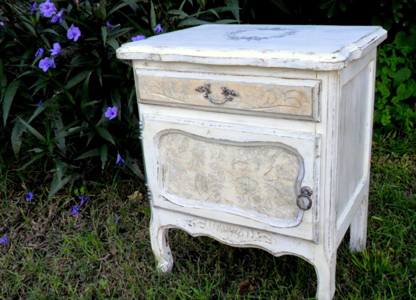 En lo de la tata mesa de luz provenzal reciclada - Muebles pintados vintage ...