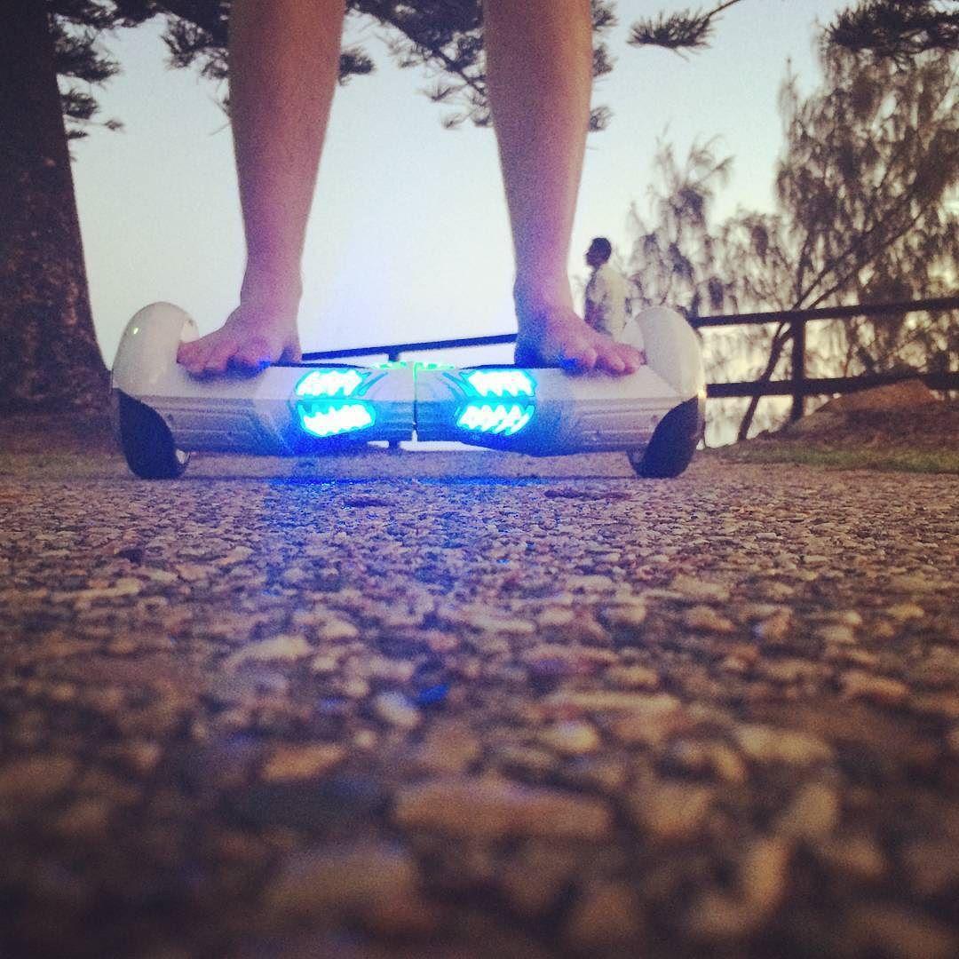 Barefoot bandit cruising on the #eblade in the #sunshinecoast  Tag a buddy  who loves cruising  to the coast  below   #skatelife #segwayboard #segwayboards #segway #airboard #selfbalancingscooter #scooter #selfbalancingscooters #iohawk #phunkeeduck #scooterlife #segwayhoverboard #airboards #hoverboardsegway #hoverboard #rideordie #selfbalancewheel