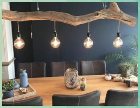Spezielle Beleuchtung Der Naturlichen Altem Eichenholz Durch Gbhnatureart Spezielle Beleuchtung Der Naturlichen Alte In 2020 Lamp Inspiration Decor Wood Projects