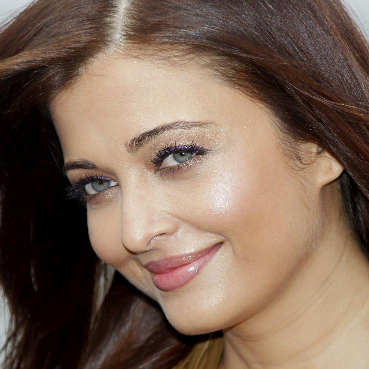 Aishwarya Rai Hd Pic Aishwarya Rai Young Aishwarya Rai Bollywood Actress
