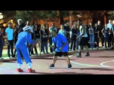 YouTube-  Pepsi Max lanzo una campaña en la cual consistía en que varios jugadores de la NBA, en este caso Kyrie Irving, Kevin Love y la jugadora de la WNBA Amaya Moore en el que aparecían  disfrazados de abuelos en una cancha de baloncesto en Chicago, haciendo sorprender a todos los asistentes que personas de esa edad podían tener tal calidad y potencia.