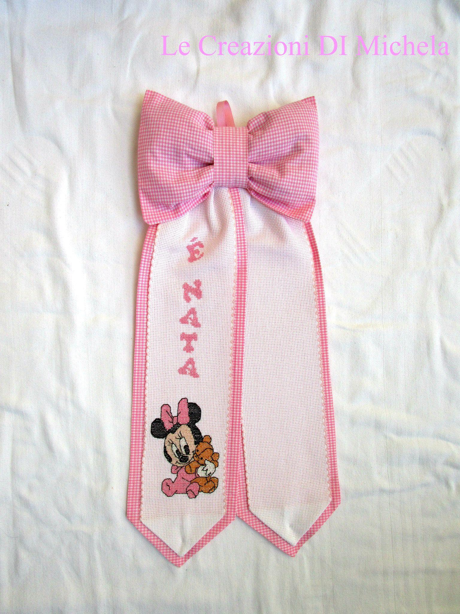 """Fiocco nascita DISNEY """"Baby Minnie"""" ricamato a mano personalizzabile con il nome a punto croce;  sito web: http://lecreazionidimichela.it.gg/home.htm- video:https://youtu.be/vde4nrzd5fa"""