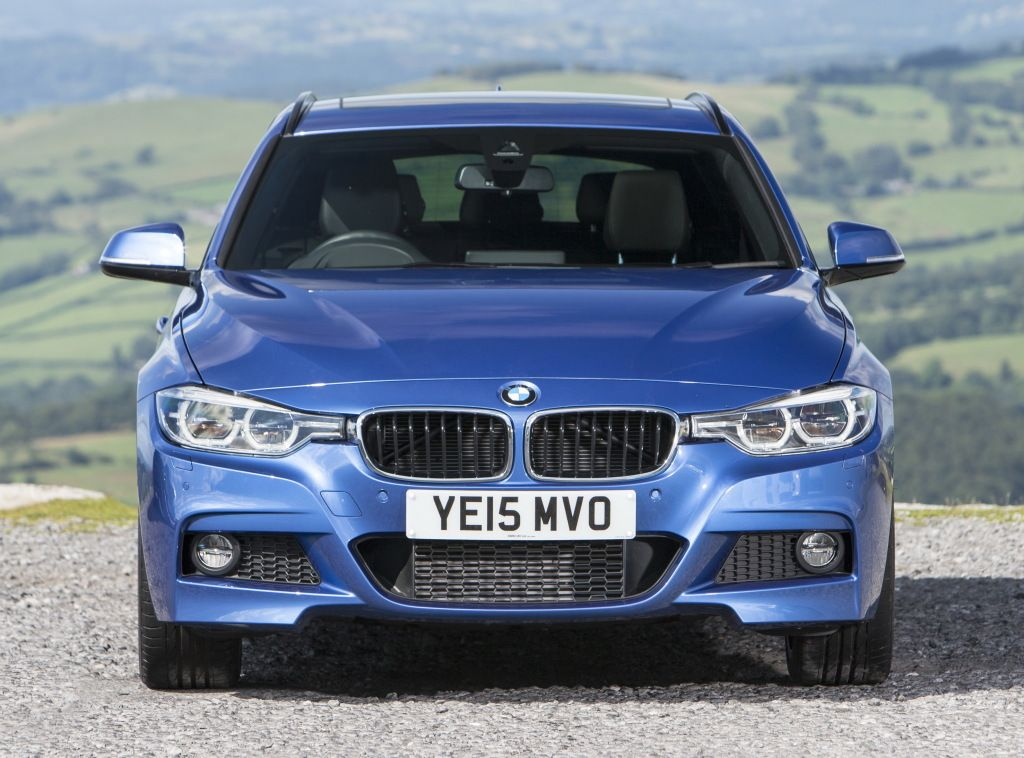 Bmw 330d Xdrive Touring M Sport F31 2015 Ccars Front View