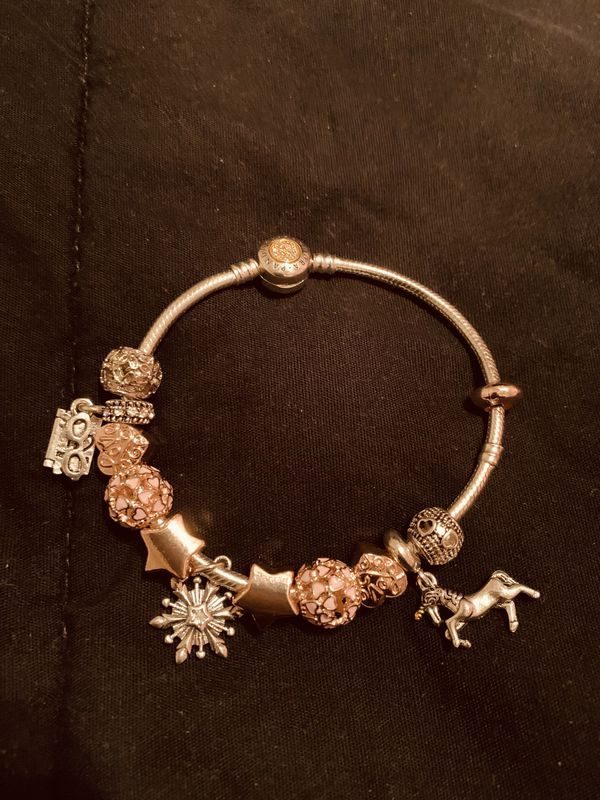 Pin By Shontellgamble On Pandora Bracelet Pandora Bracelet Rose Gold Charms Gold Charm