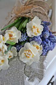 VIBEKE flower arrangement