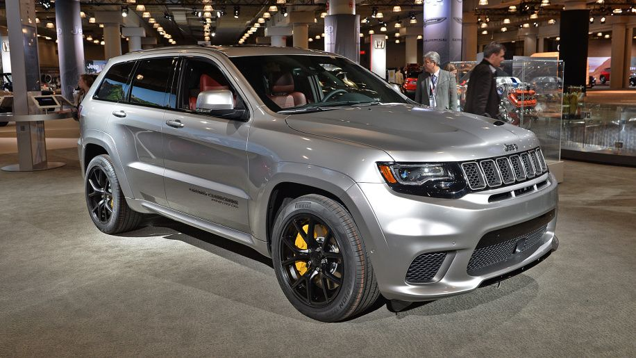 Jeep Grand Cherokee Trackhawk Jeep Buy And Sell Cars Jeep