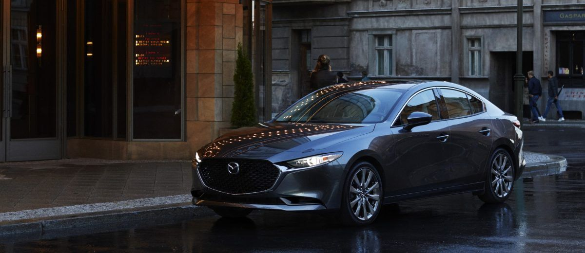 Mazda Goes All In With 2019 Mazda 3 Adds Awd For First Time Ever Mazda Mazda 3 Car