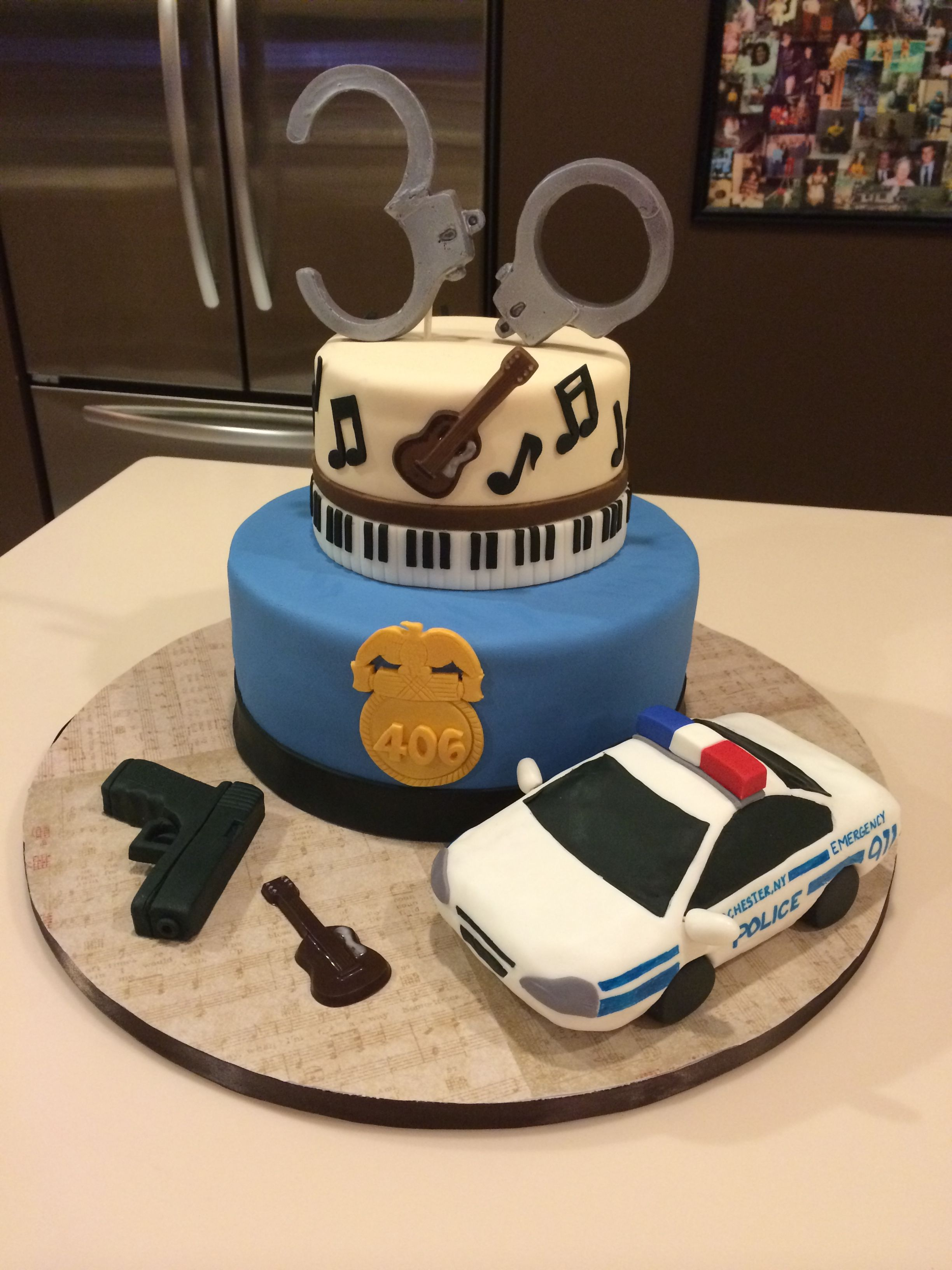 Magnificent Birthday Cake Decorating Ideas For A Policeman The Cake Boutique Funny Birthday Cards Online Alyptdamsfinfo
