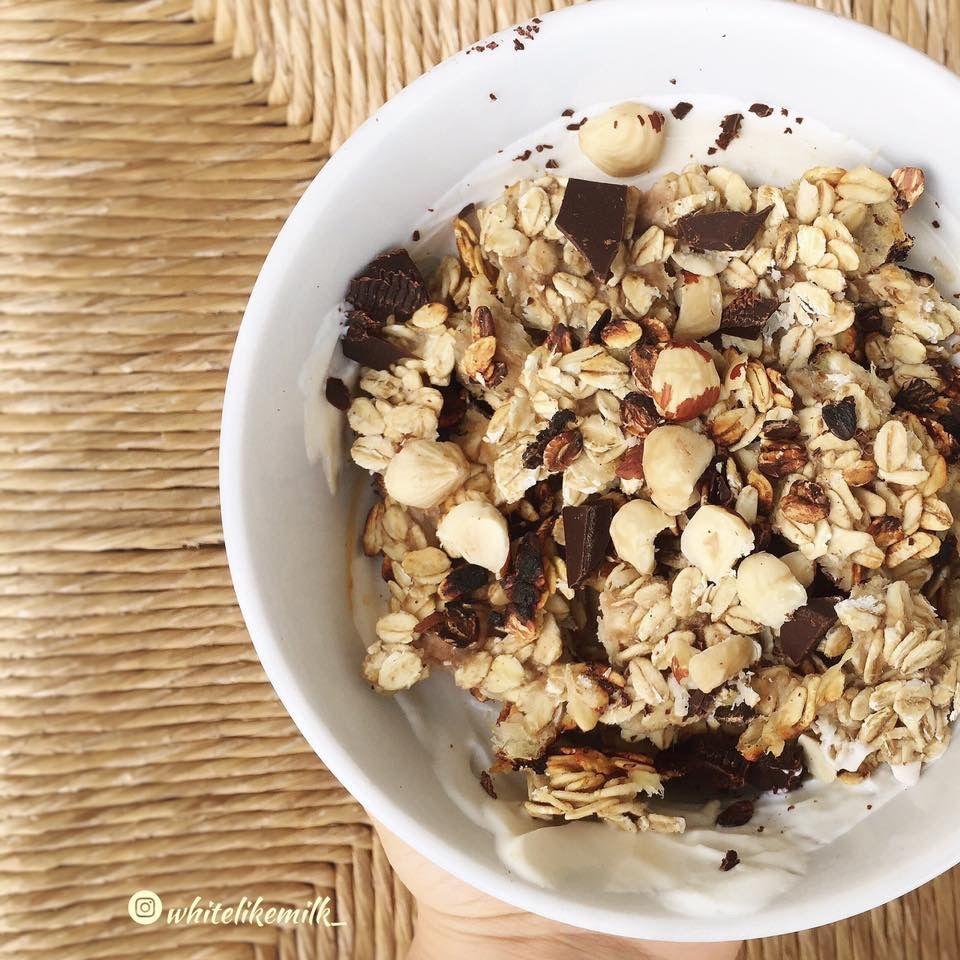 Famoso Yogurt greco e croccante di avena Ricetta: Alla base un vasetto di  TG83