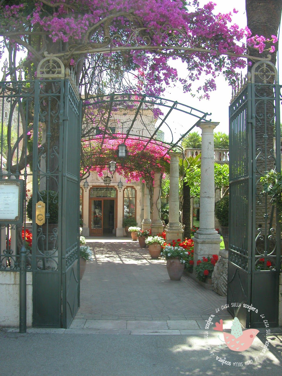lacasasullaScogliera : Un incantevole week-end a Taormina.