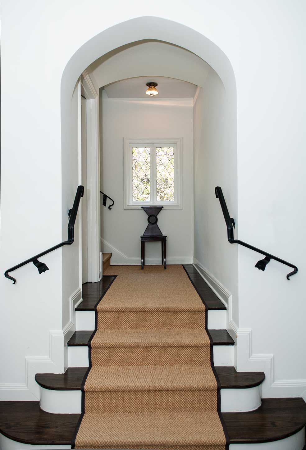 Simple Seagrass Stair Runner With Black Border House Styles